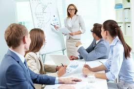 de competenties van het gehele commerciële team aligneren met de nieuwe verkoopstrategie